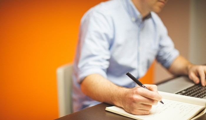 5 Signs It's Time to Outsource B2B Appointment Setting